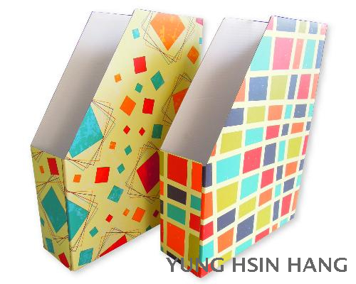 73-01MH Retro Geometric Magazine Holder
